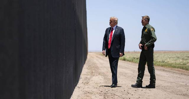 Trump struggles to defend lie about Mexico 'paying for the wall'